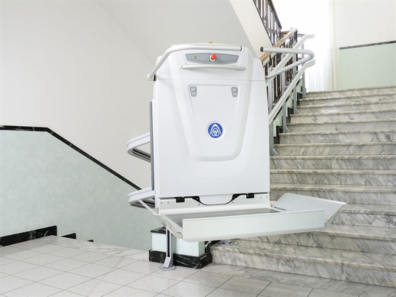 Plate Forme 233 L 233 Vatrice Monte Escaliers